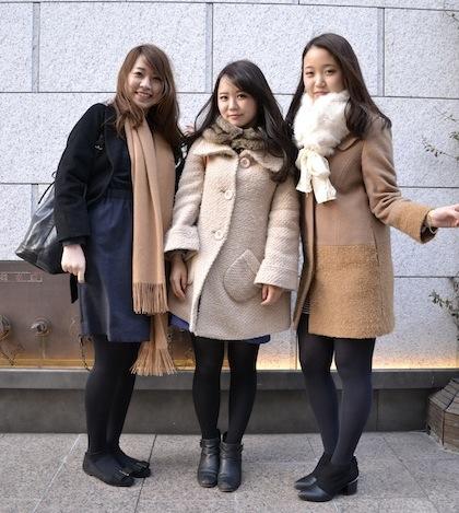 女子大生3人
